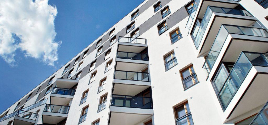 Imagem de um prédio para representar alugar rapidamente